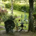 Tuin vol zelfbouw (Frankrijk, Saint-Priest-Taurion) [Foto: Hetty Wilming]