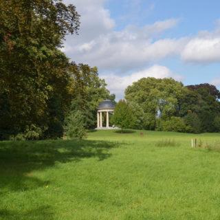 Floratempel in landschap, Park Wespelaar (Vlaams-Brabant-Be, Haacht) [Foto: H. Wilming]