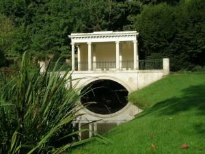 Tea House Bridge, Audley End (Engeland, Saffron-Walden) [Foto: Hetty Wilming]