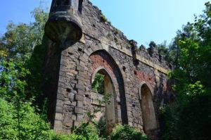 Künstliche Ruine, zijkant (Duitsland, Pillnitz) [Foto: H. Wilming]