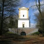 Van Nellesteyn Mausoleum (Utrecht, Leersum) [Foto: Hetty Wilming]