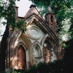 Neogotische kapel in 1996 (Polen, Arkadia) [Foto: Anton Nuijten]