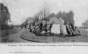De rotsen bij villapark 't Loo (Noord-Holland, Blaricum) [Coll. Jan Holwerda]