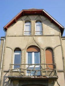 Façade Huis Mon Desir (Frankrijk, Givet) [Foto: Hetty Wilming]