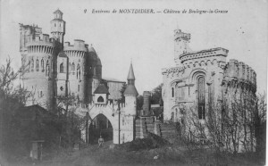 Reusachtig nepkasteel (Frankrijk, Boulogne-la-Grasse) [Coll. Anton Nuijten]