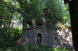 Ruine uitspanning Meixmuhle (Duitsland, Friedrichsgrund) [Foto H. Wilming]